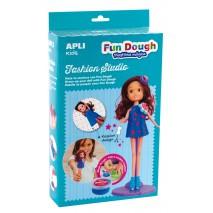 Zestaw do stylizacji z lalką i masą plastyczną Apli Kids - Brunetka